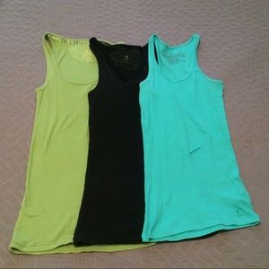 3 pack of Aerie and Aeropostale tank tops